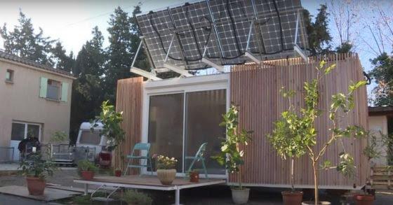 La première maison mobile autonome d'Emmaüs à Marseille / Construire en roseaux