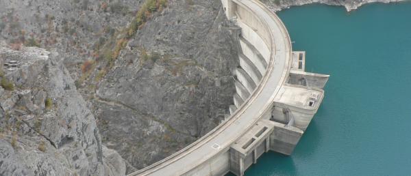La gestion de l'eau privatisée par l'ouverture à la concurrence