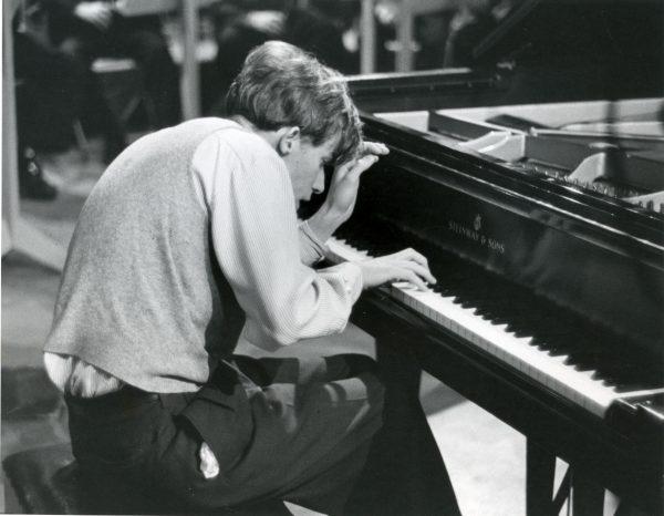 """"""" Musique pour un dimanche après midi """"... Glenn Gould"""